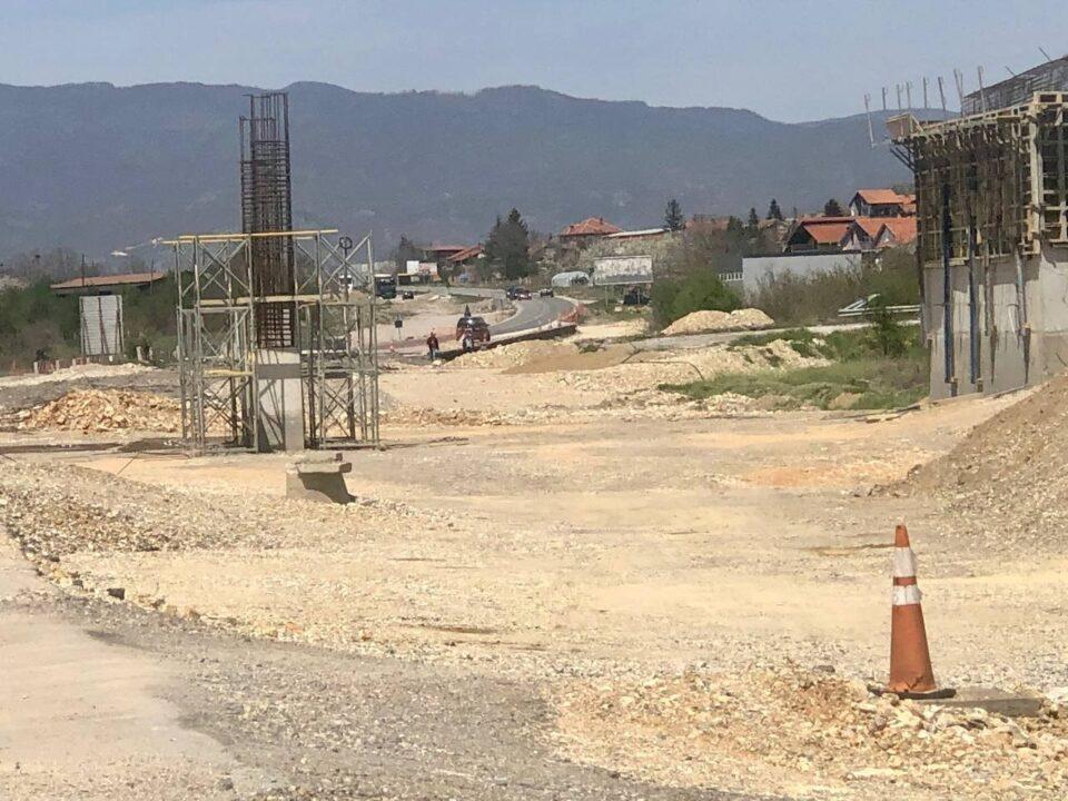 Николоски: Автопатот Охрид-Кичево не се гради, неспособната влада на Заев мора да се казни