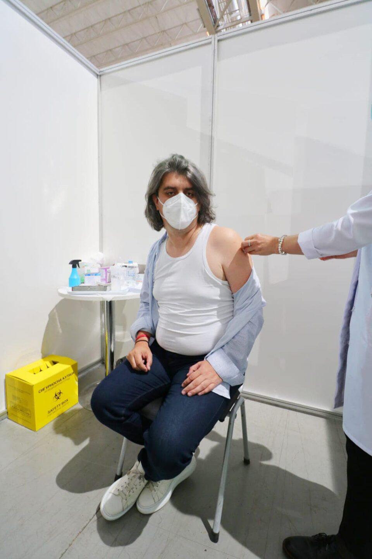 Генералниот секретар на влада прими кинеска вакцина