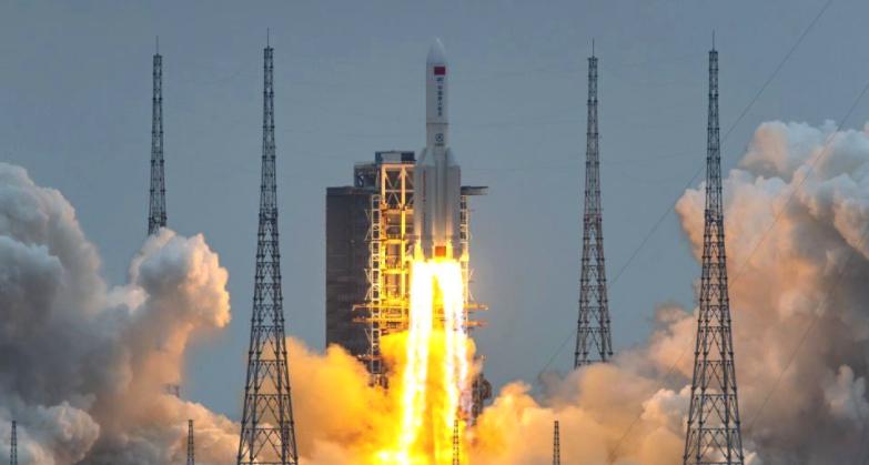 Се очекува пад на кинеската ракета на Земјата во текот на викендот