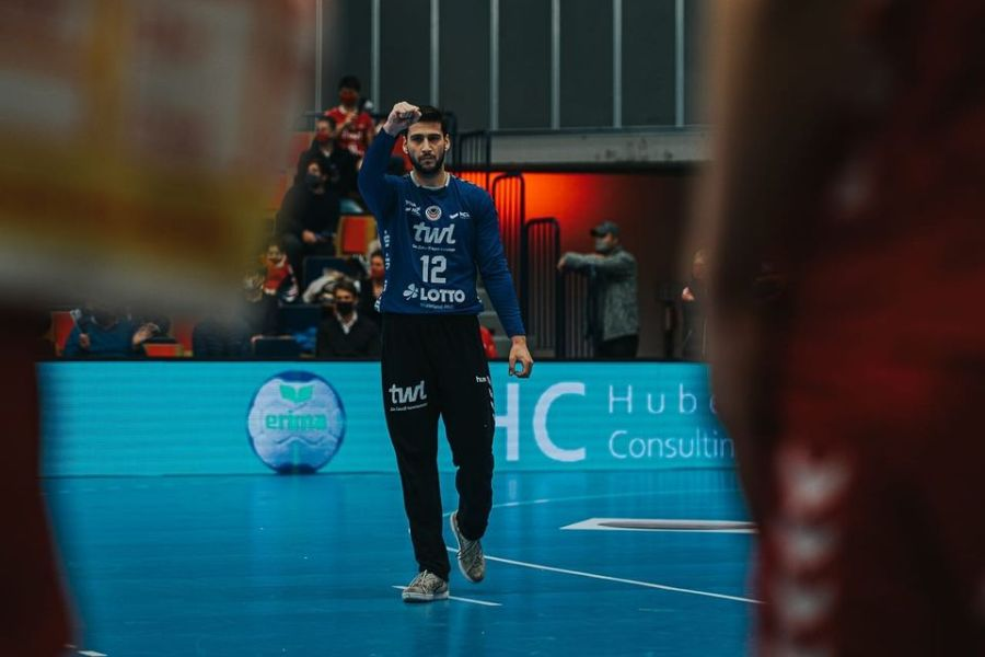 Брилијантниот Томовски се најде во тимот на колото во Бундеслигата (ФОТО)