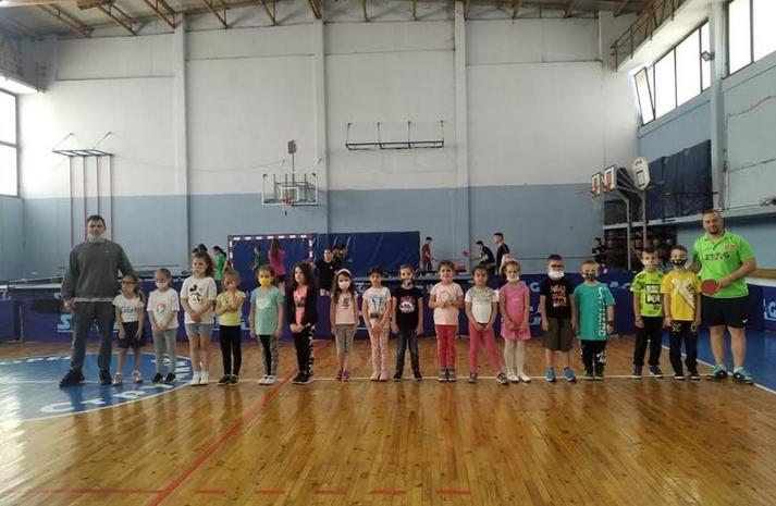 Интензивни подготовки на младинските репрезентации во пинг понг