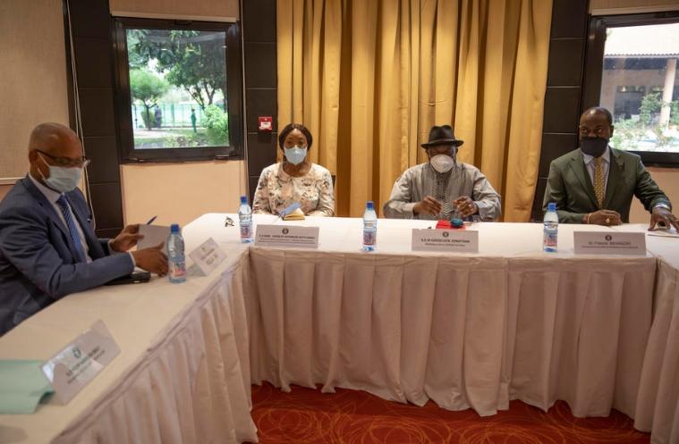 Вонреден самит на земјите од Западна Африка заради кризата во Мали