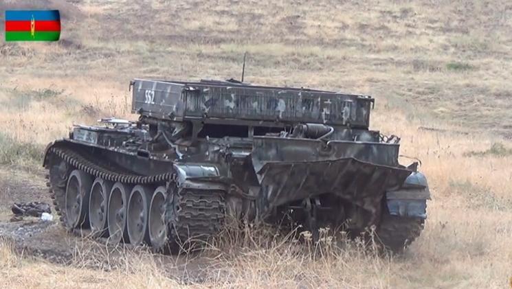 Азербејџан почна големи воени маневри