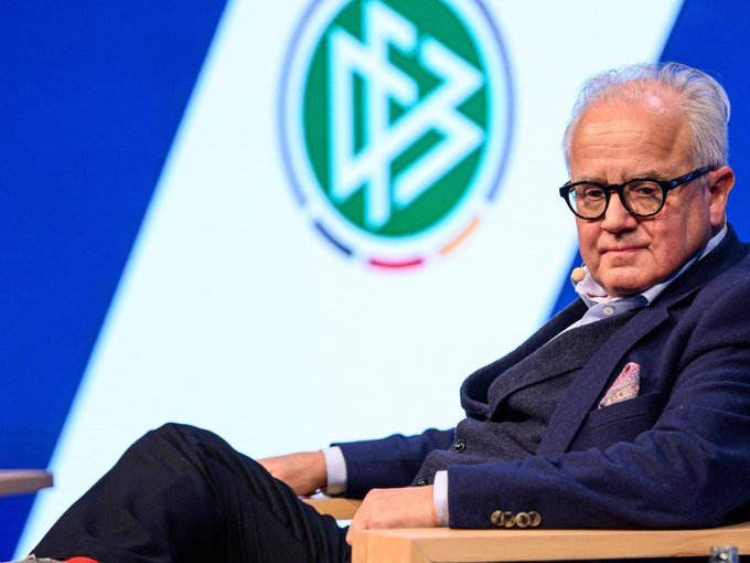 Претседателот на германскиот фудбалски сојуз поднесе оставка