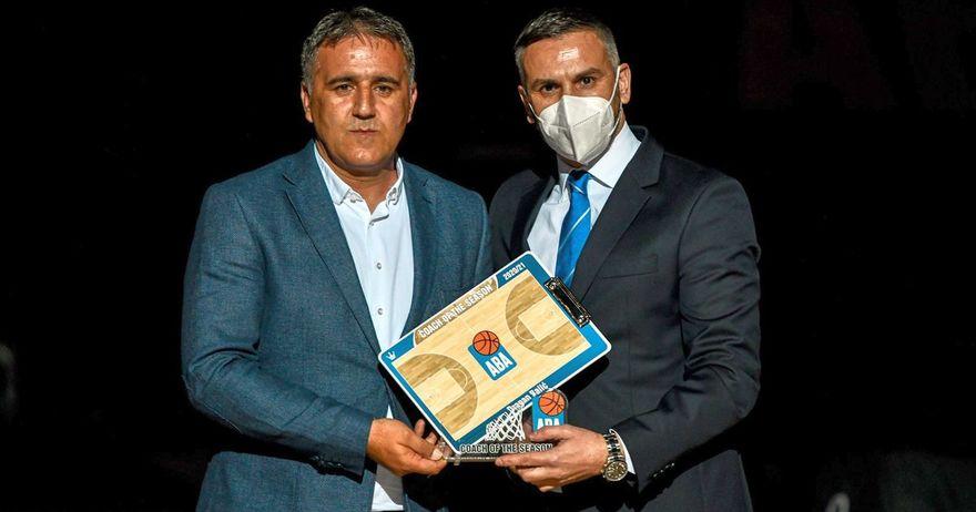 Новиот македонски селектор ја прими наградата најдобар тренер во АБА лигата