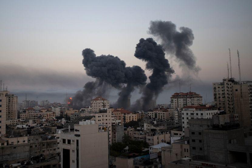 Израел повторно бомбардираше палестински позиции во Појасот Газа