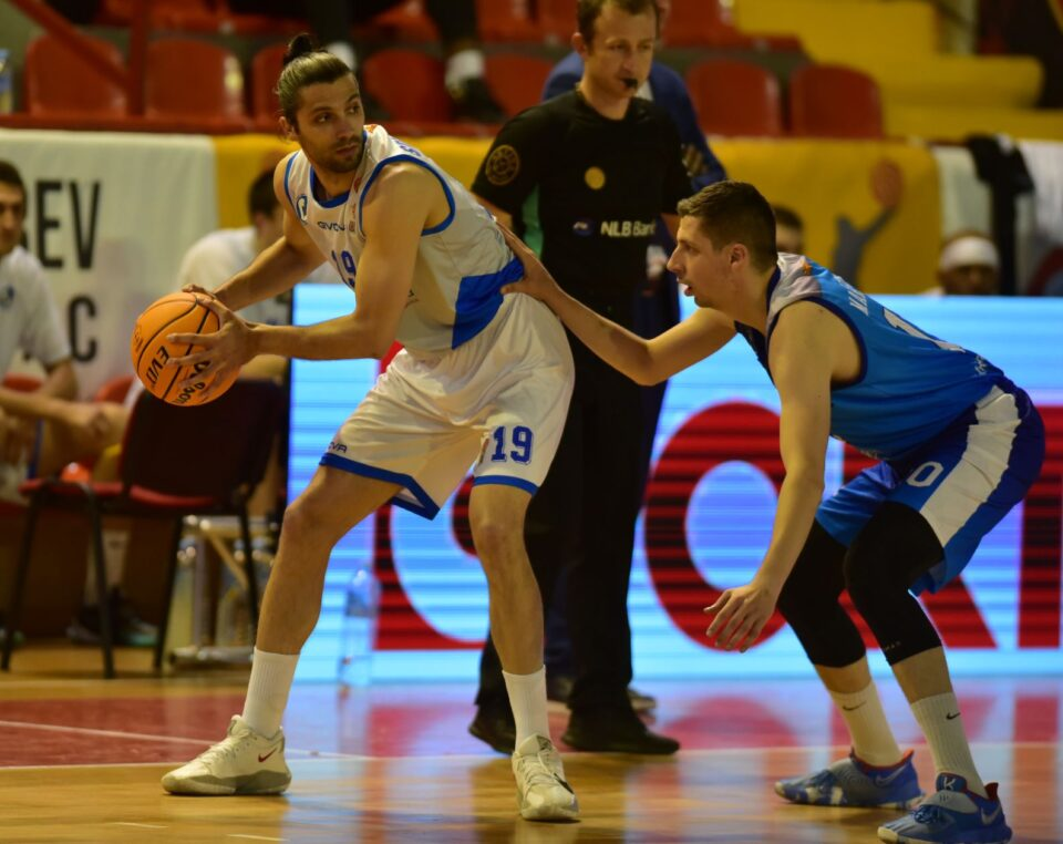 МЗТ Скопје и Еуро Никел ги комплетираа патниците во полуфиналето од кошаркарскиот Куп