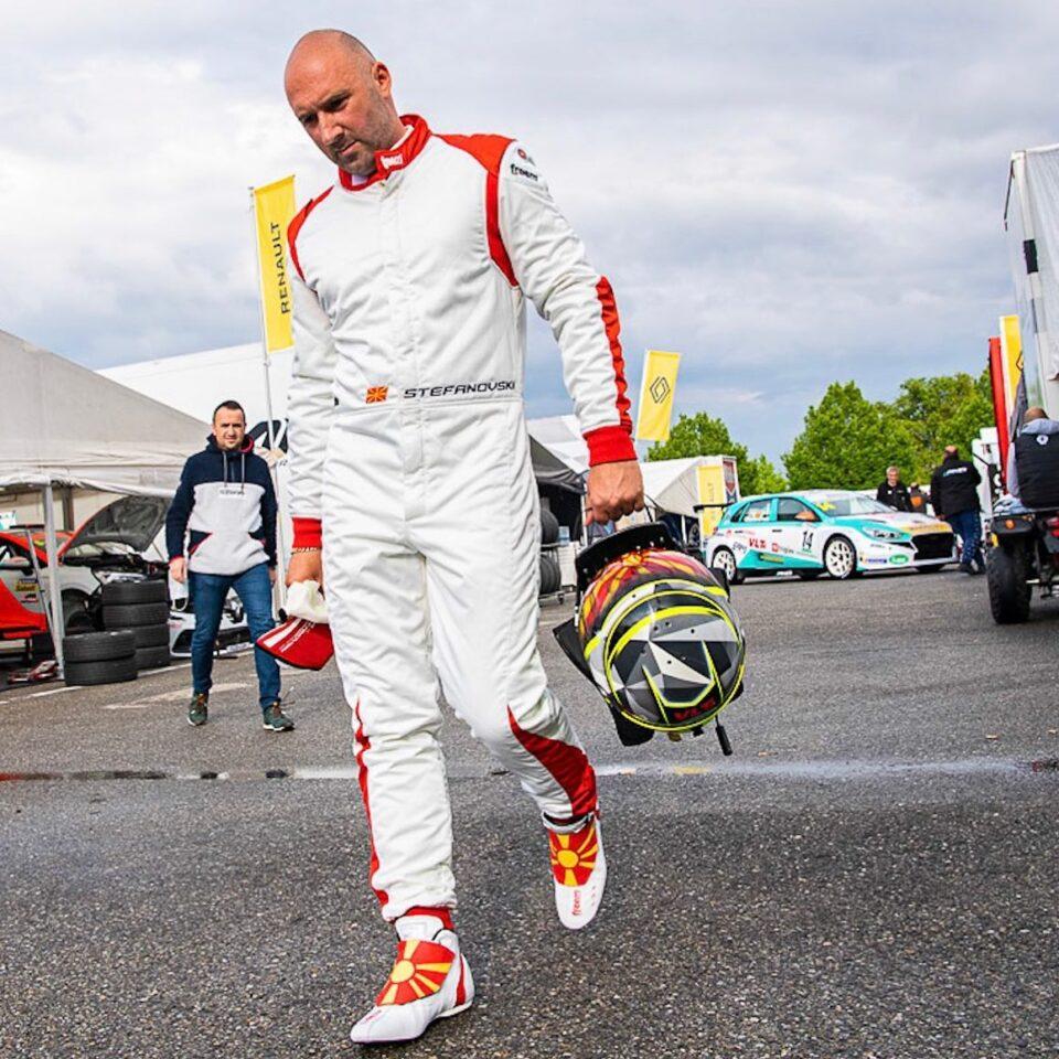 Стефановски без пласман на втората трка во Монца