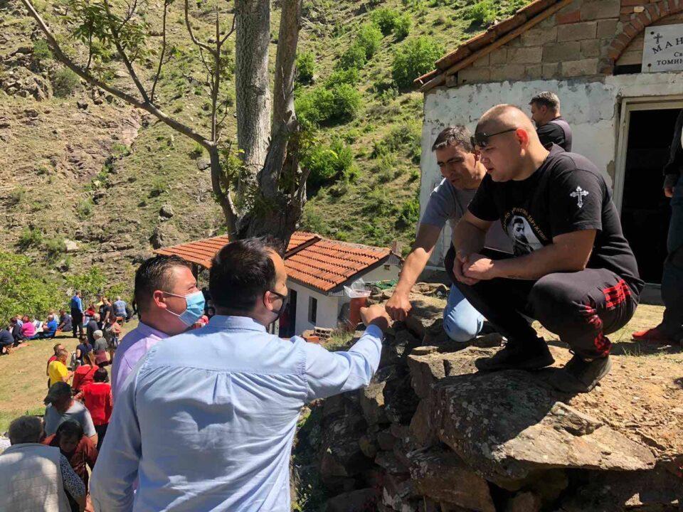 ФОТО: Пратениците на ВМРО-ДПМНЕ заедно со народот- граѓаните крајно незадоволни од лошото менаџирање на власта и националните понижувања