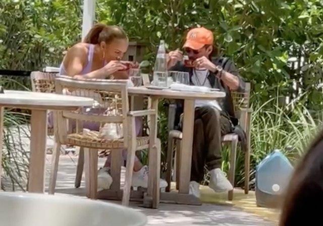 ФОТО: По Бен Афлек, Џеј Ло фатена со уште еден поранешен партнер