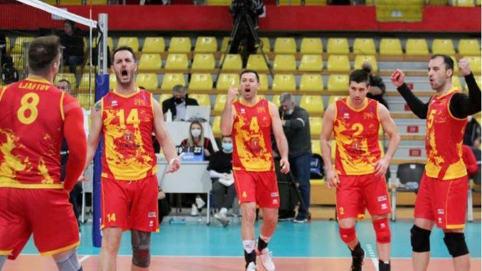 Македонските одбојкари на мегдан против Србија