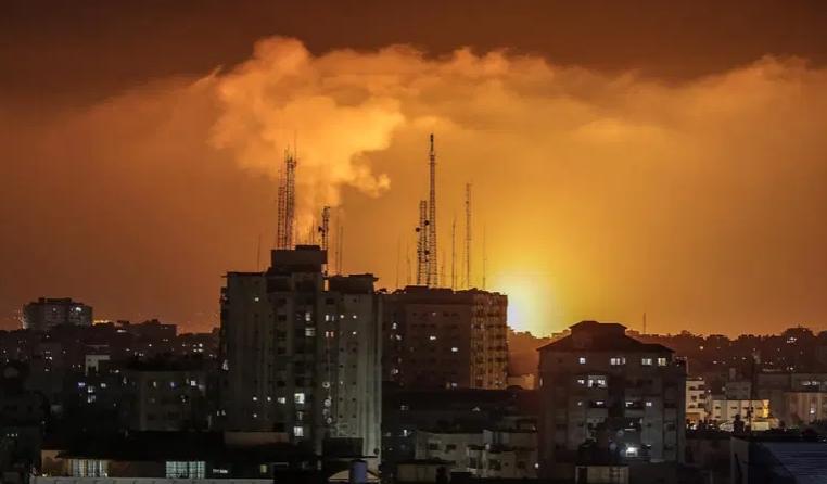 ВИДЕО: Најмалку 20 жртви, меѓу нив и деца, во израелските напади врз Појасот Газа