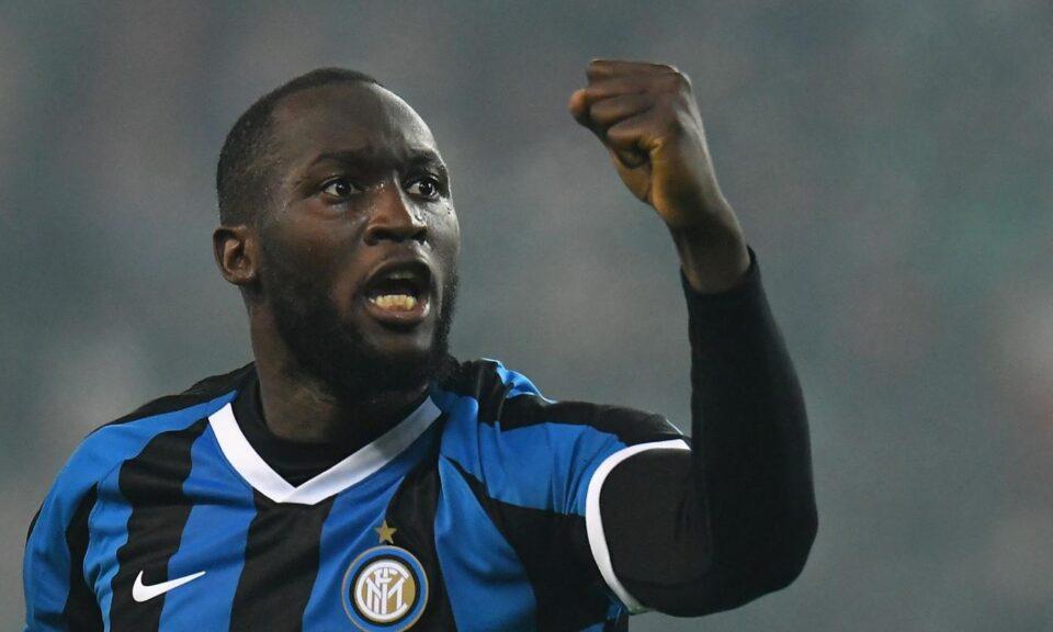 Лукаку објасни зошто излегол да прослави со фановите на Интер