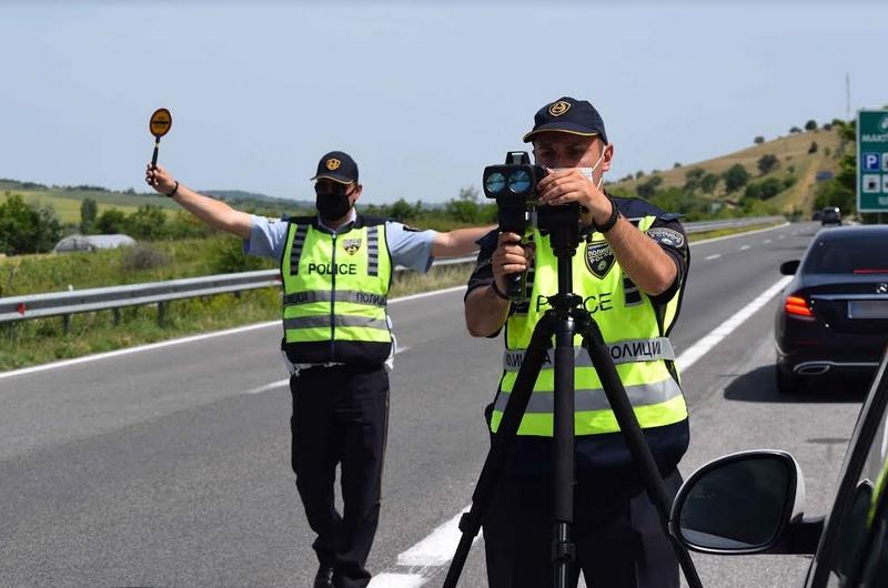 За брзо возење казнети 245 возачи
