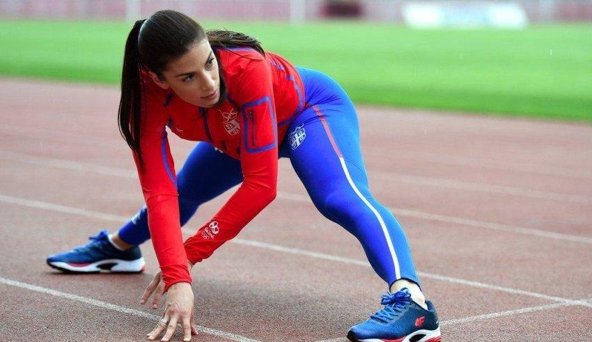 Најдобрата српска атлетичарка објави фотографија од плажа и собра воздишки