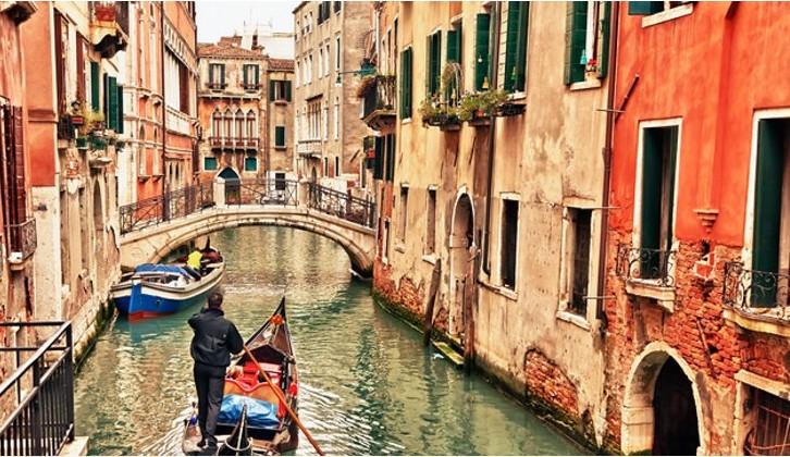 Италија ги отвора границите за туристи, познато е кога ќе може да ја посетите земјата