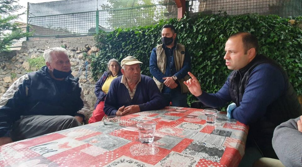 Мисајловски во посета на селото Горна Матка: Овие луѓе се заборавени од општината, градот Скопје и власта
