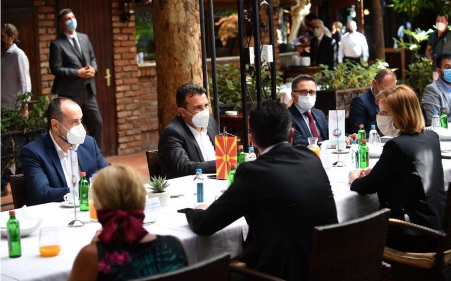 Оштетените штедачи од Заев побарале разрешување на министерот за финансии Фатмир Бесими