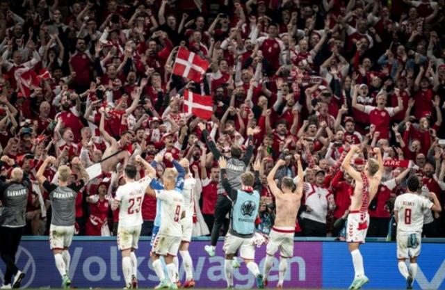 Данска влезе во историја: Никој досега по два порази не успеал да оди во втора фаза!