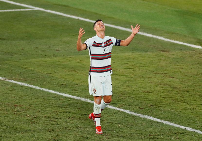 Роналдо се огласи по елиминацијата на Португалија и испрати џентлменска порака!