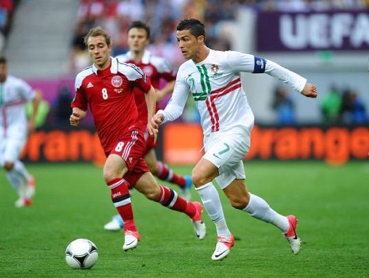 Кристијано Роналдо со поддршка кон Ериксен