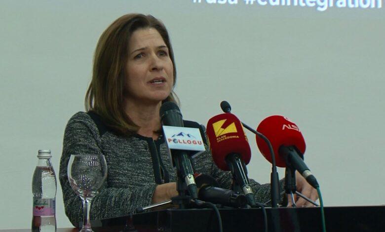 Брнз по блокадата од Бугарија: Ние ќе продолжиме со нашите дипломатски ангажмани