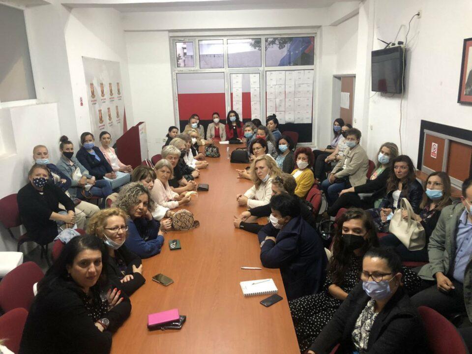 Пешевска: Штабовите во Кочани и Чашка полни со жени- следува победа на ВМРО-ДПМНЕ