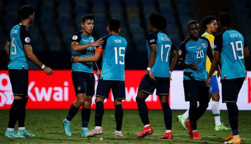 Бразил одмори неколку клучни фудбалери и му помогна на Еквадор да се пласира во четвртфинале (ВИДЕО)