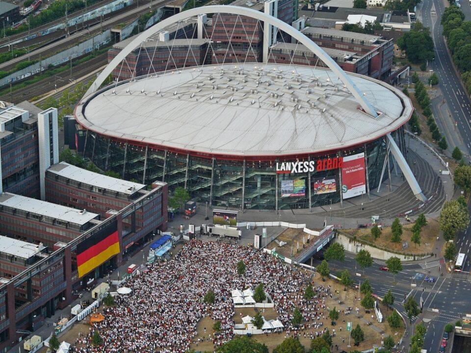 Завршниот турнир во Келн сепак ќе се игра со публика на трибините