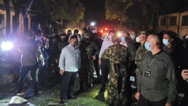 Најмалку 36 повредени во експлозија на автомобил-бомба во воена база во источна Колумбија