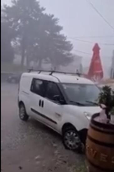 ГОЛЕМО НЕВРЕМЕ ГО ЗАФАТИ КРУШЕВО – силниот дожд носи сè пред себе (ВИДЕО)