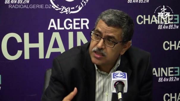 Алжирскиот премиер Џерад поднесе оставка