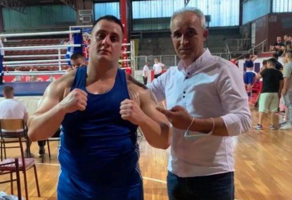 Стана државeн првак во Македонија, по само три месеци активна работа со бокс