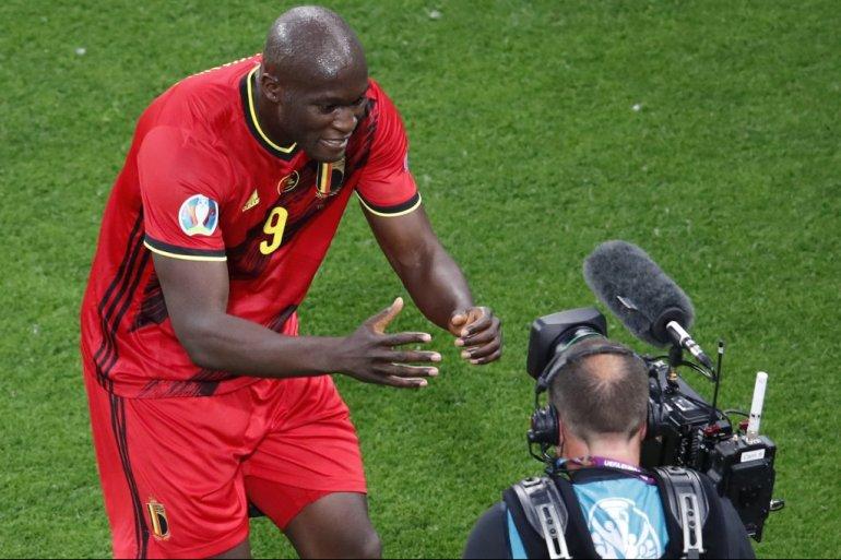 Натпреварот меѓу Данска и Белгија ќе биде запрен, гест на фудбалерите за поздрав