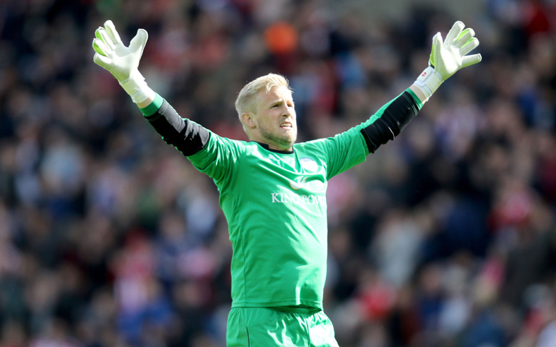 Данскиот голман проговори за натпреварот со Финска: УЕФА изјави дека фудбалерите инсистирале да го завршат мечот, но тоа не е точно!
