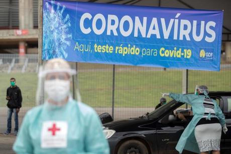 Во Бразил рекорден број на новозаразени од коронавирус во еден ден