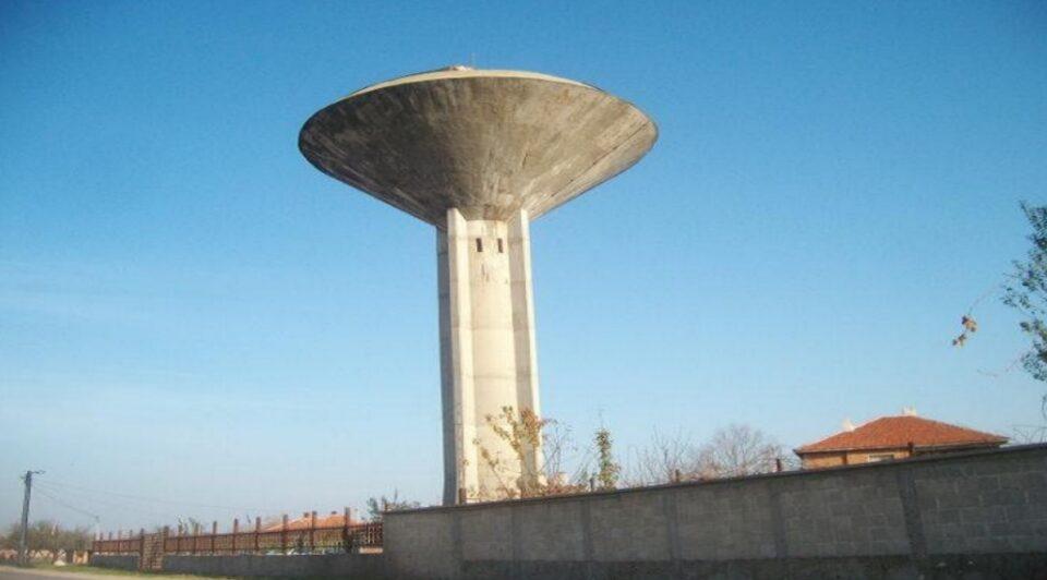 Општина во САД несакајќи ја продаде својата водна кула на приватно лице