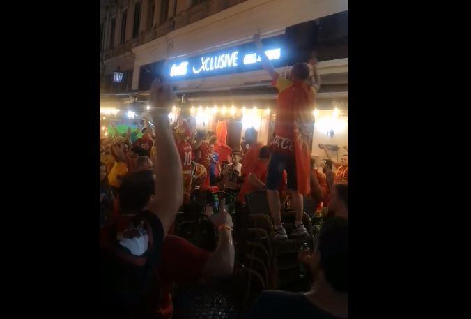 """ВИДЕО: Македонските навивачи неуморни, ентузијазмот не стивнува – ечи """"Дирлада"""""""