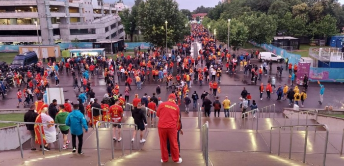 Македонската дијаспора се организира за навивање, еве каде е збирното место во Амстердам