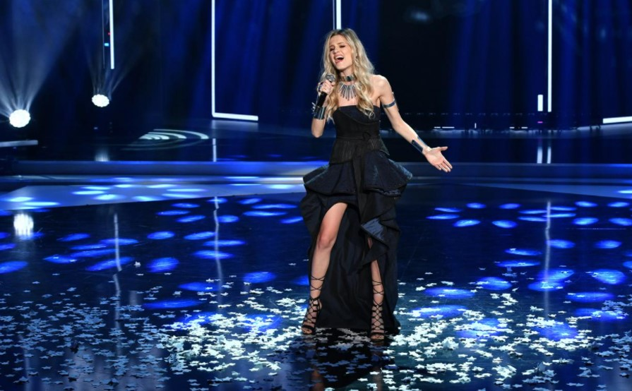 Убавата пејачка долго време криеше дека е бремена: Сега го откри и избраното име, прекрасно е и ретко