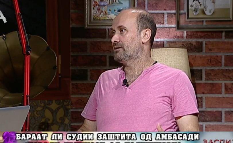 Обиен станот на новинарот Саше Димовски, украдени компјутери, документи, веројатно знаеле што бараат