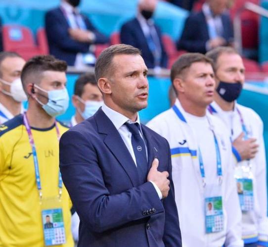 По победата се огласи сопругата на Шевченко – кога ќе видите колку е убава веднаш ќе заборавите на поразот (ФОТО)