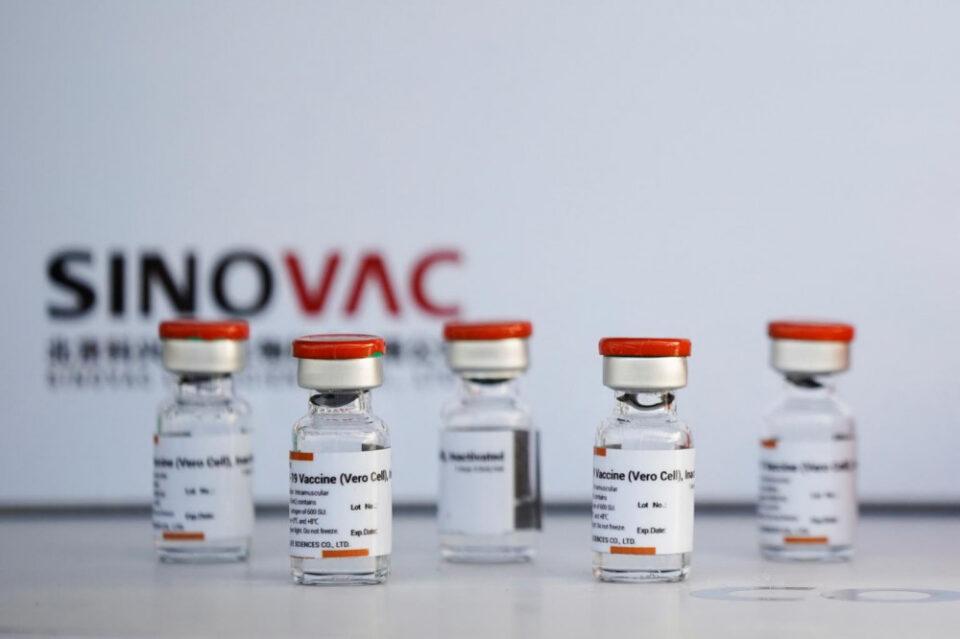 Турција на Македонија ќе и донира 30.000 вакцини Синовак