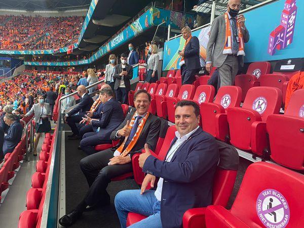 """""""Катимерини"""": Поради """"твит"""" на Заев, Грција ја замрзнува ратификацијата на меморандумите со Северна Македонија"""
