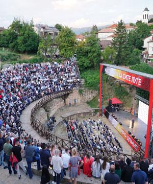 """Андоновски: Слоганот """"Македонија за сите луѓе"""" најдобро ја отсликува политика на ВМРО-ДПМНЕ, ние не ја гледаме Македонија на две пруги"""