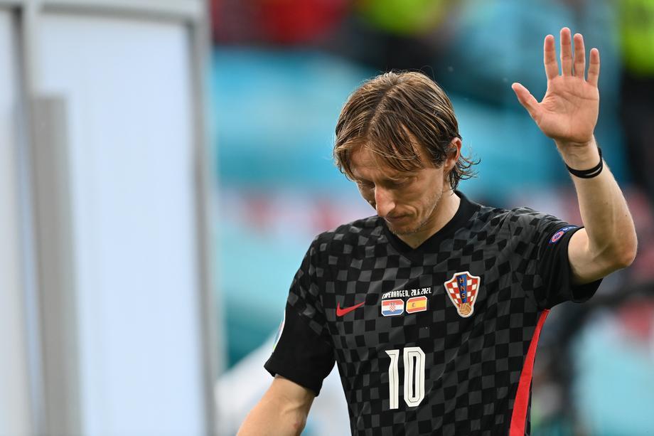 Неверојатно: Хрватите играле со погрешен грб на дресовите на Европското првенство