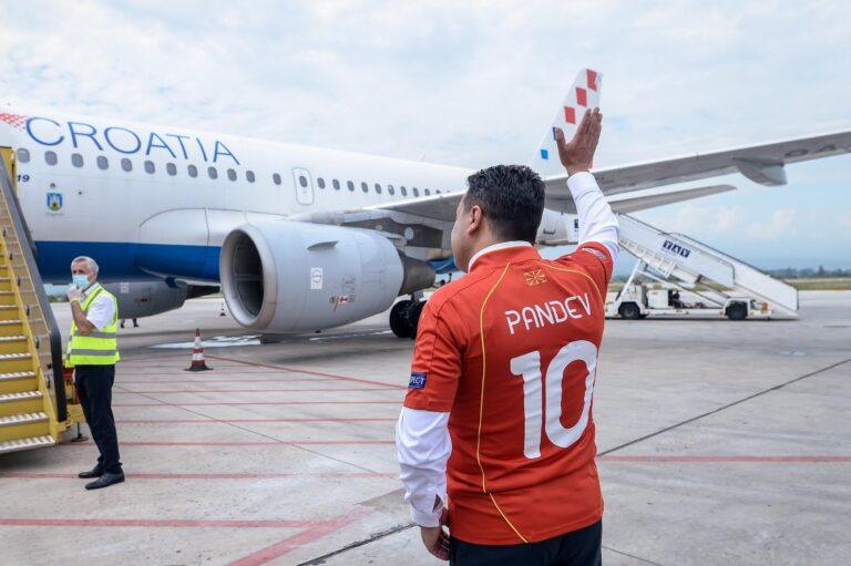 По реакциите на Грција за дресовите, Заев најавува промена: Треба да биде јасно дека е репрезентација на Северна Македонија