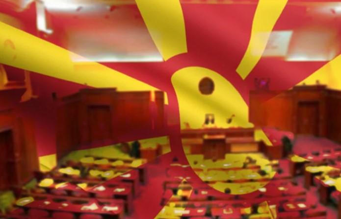 """Џамбаски им се жали на европратениците за Резолуцијата: Ако се почитуваат """"црвените линии"""" не може да функционираме"""