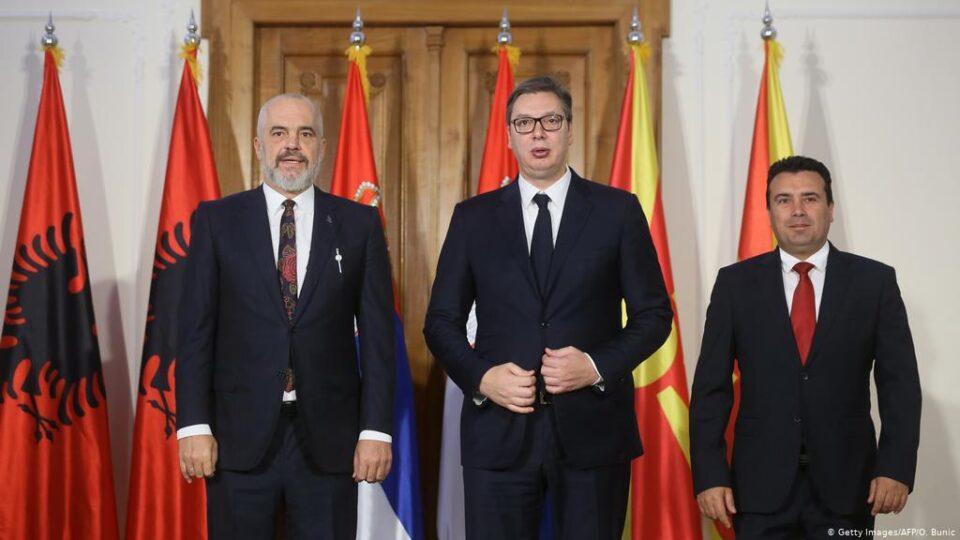 ВМРО-ДПМНЕ: Заев лажно ветуваше европска, а сега нуди Мини шенген Македонија – Мини Шенген не е алтернатива на ЕУ