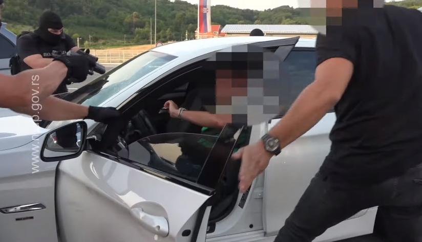 (Видео) Српската полиција заплени 80 килограми марихуана и објави снимка од акцијата